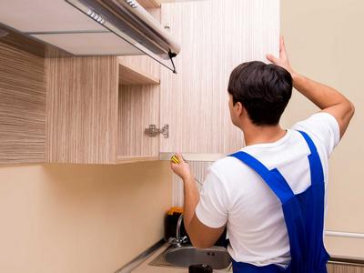 Сборка кухонь с навешиванием шкафов